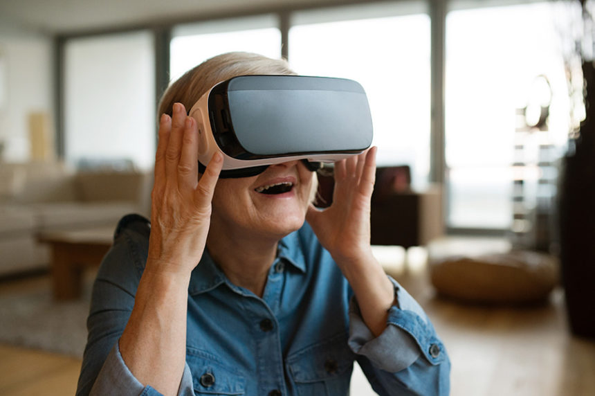 elderly and VR